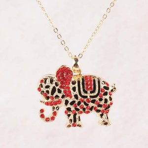 Olifant hanger rood met austrian crystal incl. ketting